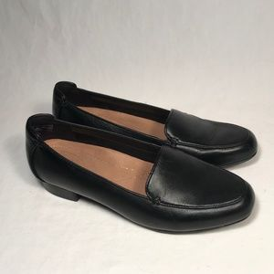Clarks Artisan Black Leather Loafers Women 7.5 M